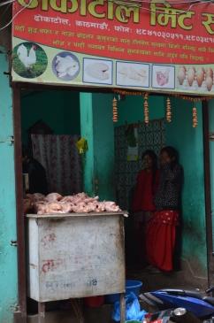 Bir tavuk satıcısı