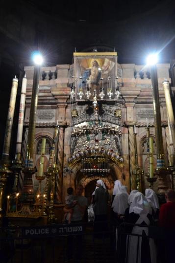 Kutsal Kabir kilisesi